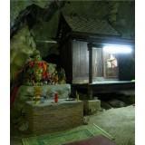 Wat Tham Khunpaen